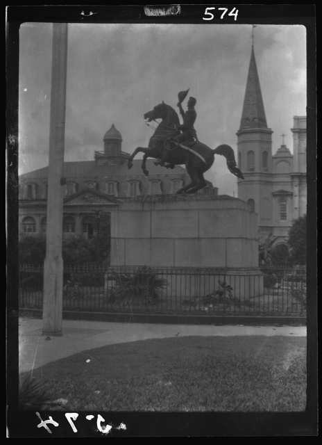 Jackson monument in Jackson Square with the Cabildo and St. Louis Cathedral, New Orleans
