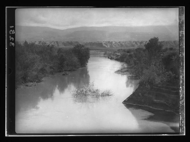 [Jordan River below Sheik Hussein. Showing depression through which Jordan flows]