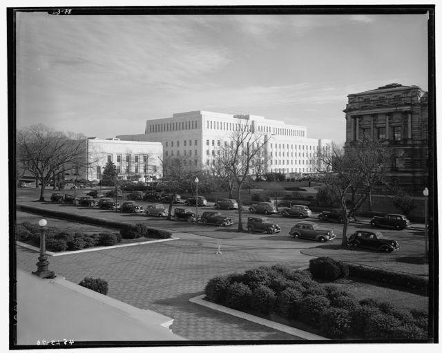 Library of Congress (John Adams Building). Library of Congress annex and Folger Library from northwest