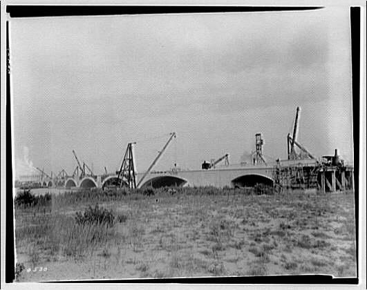 Memorial Bridge. Construction of Memorial Bridge