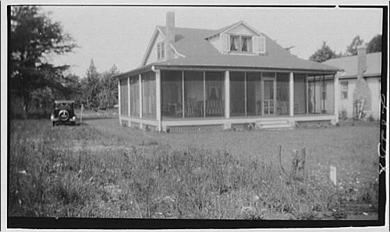 Miscellaneous houses. House with screened porch on two sides
