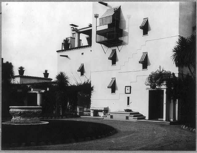 [Mrs. Phoebe Apperson Hearst's home, Pleasanton, Cal.: exterior front]