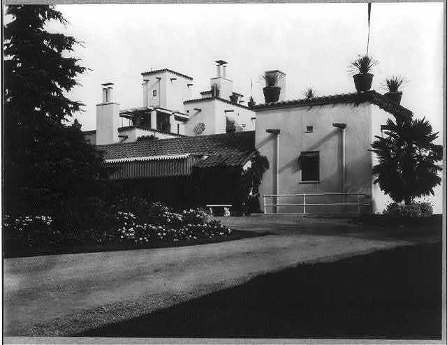 [Mrs. Phoebe Apperson Hearst's home, Pleasanton, Cal.: exterior side]