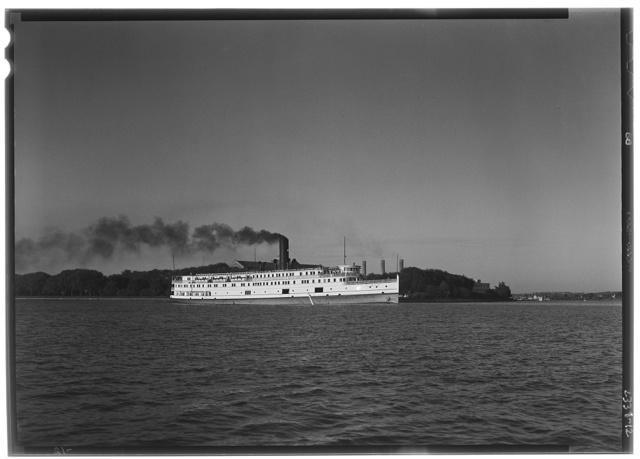 Norfolk & Washington Steamboat Co. Norfolk & Washington steamboat III