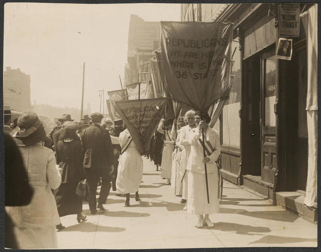 Party members picketing the Republican convention in Chicago, June 1920.