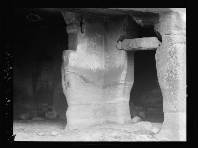 Petra. Wadi-Ed-Dêr. Undecorated doorways, Wadi ed-Dêr, showing inserted door lintel