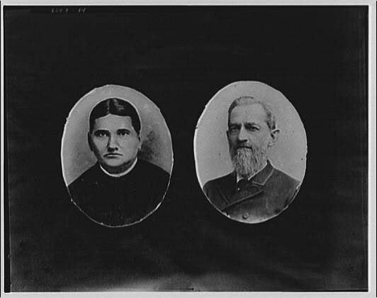 Portrait photographs. Busts of two men set in oval frames