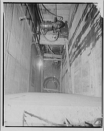 Potomac Electric Power Co. air conditioning and lighting. PEPCO tunnel under building III