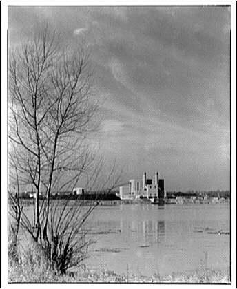 "Potomac Electric Power Co. Alexandria plant. View of Potomac Electric Power Co. Alexandria plant, 23"" lens I"