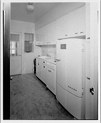Potomac Electric Power Co. apartments and kitchens. Cafritz apartments at Meigs Pl. I