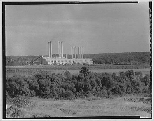 Potomac Electric Power Co. Benning plant. Distant front view of Benning plant