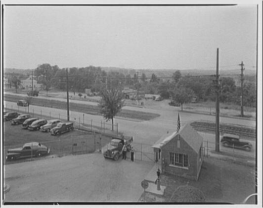 Potomac Electric Power Co. Benning plant. Main gate of Benning plant, open for truck