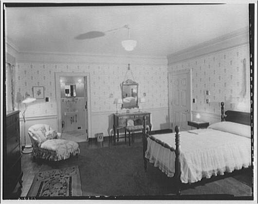 Potomac Electric Power Co. Building. Model home bedroom of Potomac Electric Power Co.