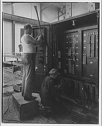 Potomac Electric Power Co. Buzzard Point plant. Construction work inside Buzzard Point plant IV
