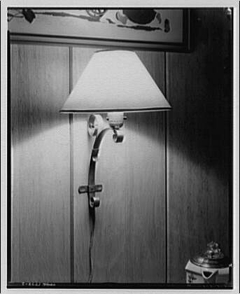Potomac Electric Power Co. electric appliances. Wall mounted lamp
