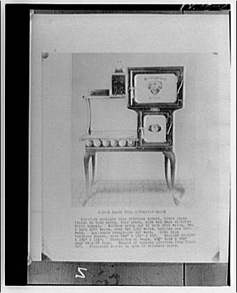 Potomac Electric Power Co. old electric appliances. Black full automatic range
