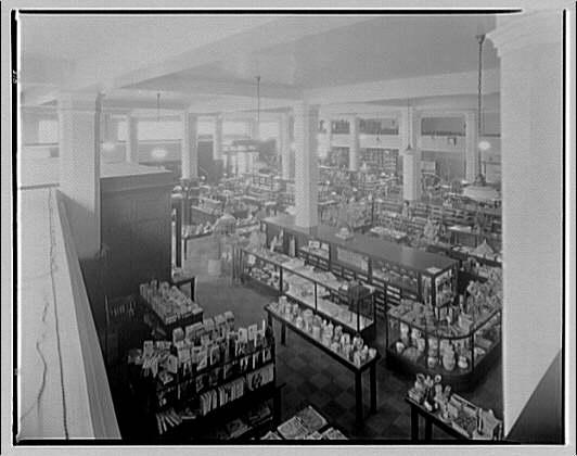 Richardson's department store, Charleston, West Virginia. Main floor of Richardson's department store