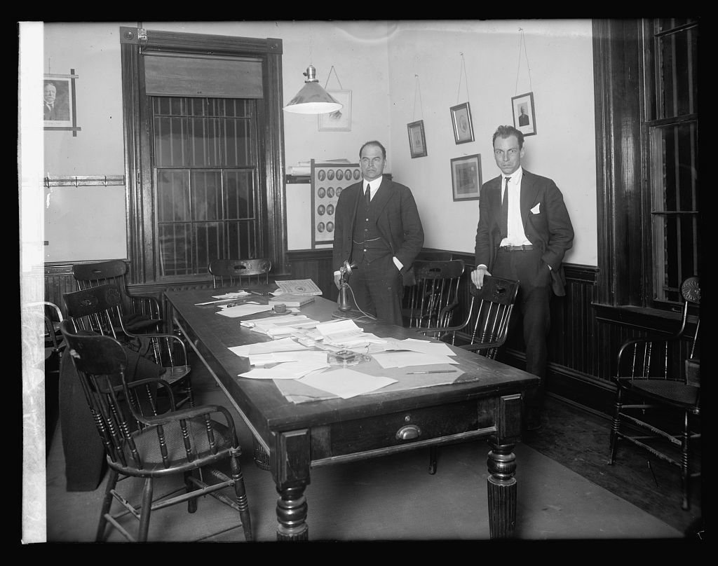 Sandy Springs Bank robbery; F.L. Thomas, Francis Miller