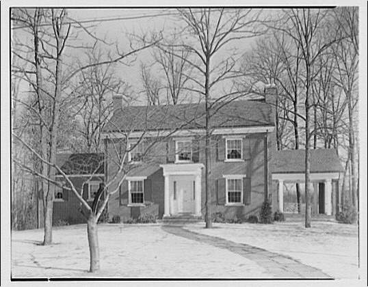 Schreier & Patterson, architects. House at 112 Kennedy Dr., Kenwood, Maryland