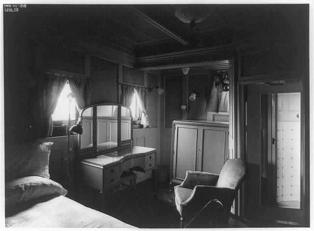 [Sleeping quarters, Room B on the presidential yacht Mayflower]