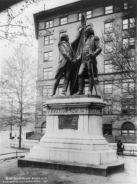 [Statue of George Washington and Lafayette shaking hands, New York City]