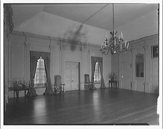 Stratford Hall. Main room at Stratford Hall II