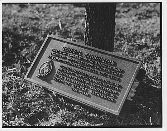 Stratford Hall. Plaque in memory of George Washington