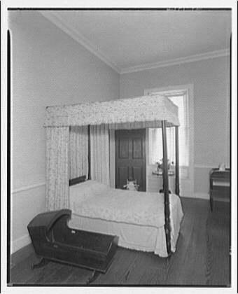 Stratford Hall. Side bedroom at Stratford Hall
