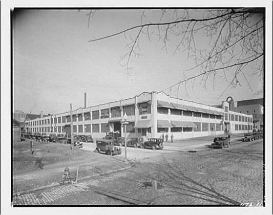 Woodward & Lothrop. Exterior view of Woodward & Lothrop factory