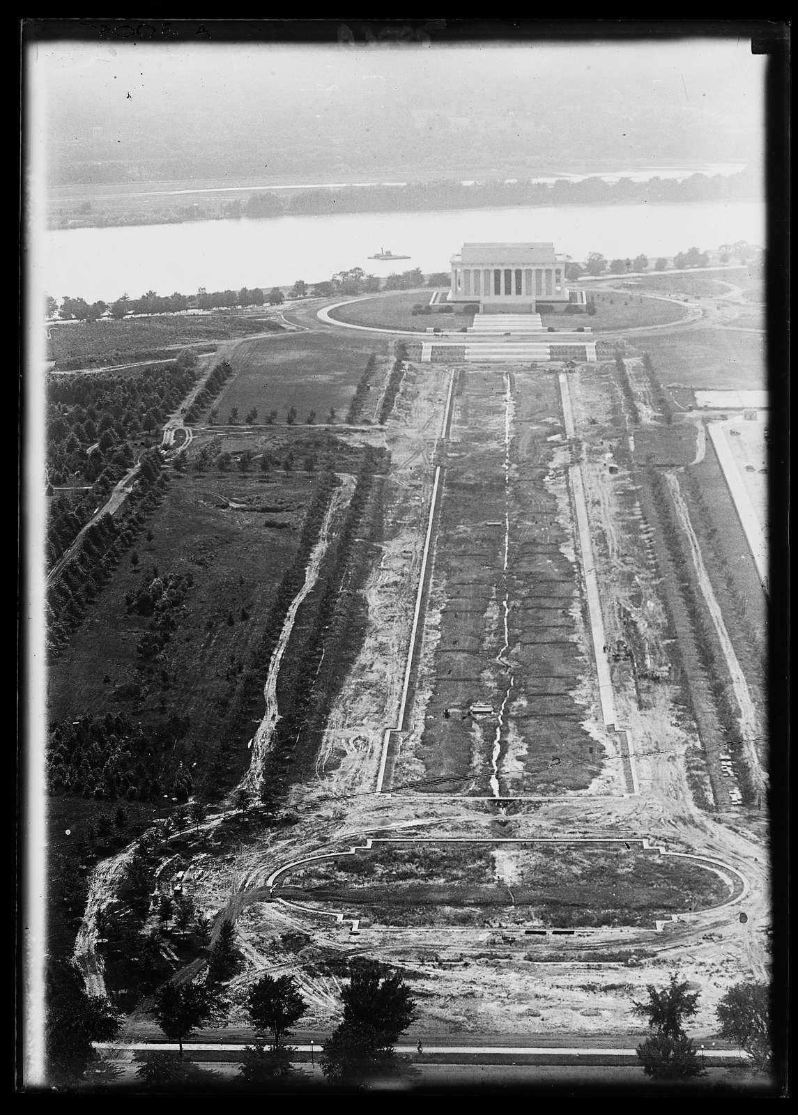 Aerial view of Lincoln Memorial, Washington, D.C.