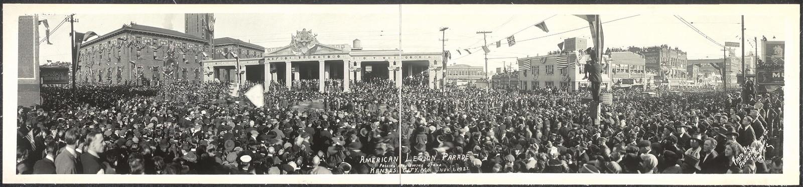 American Legion Parade passing reviewing stand, Kansas City, Mo., Nov. 1, 1921