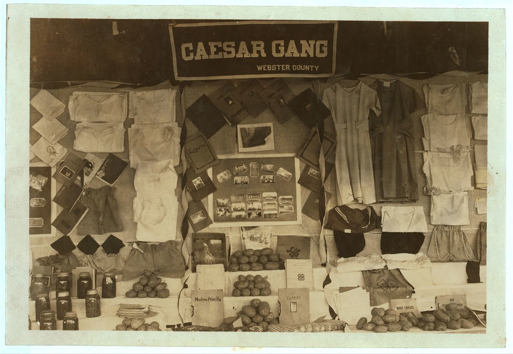 Caesar Gang Exhibit.  Location: Charleston, West Virginia / Photo by Lewis W. Hine.