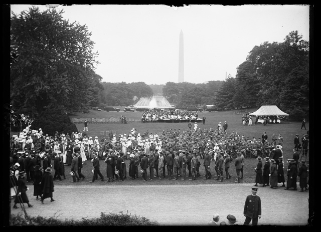 [Crowd, Washington Monument in background, Washington, D.C.]
