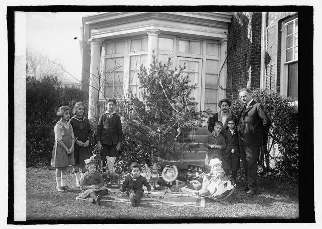 Dr. Julio Bianchi, Christmas tree, [1921]