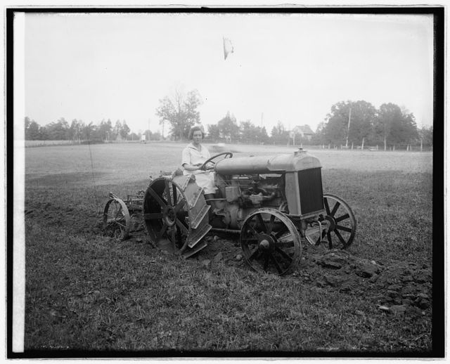 Ford tractor demonstration