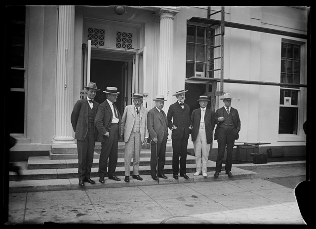 [Group; Henry Cabot Lodge, 3rd from right, Harry S. New, right. White House, Washington, D.C.]