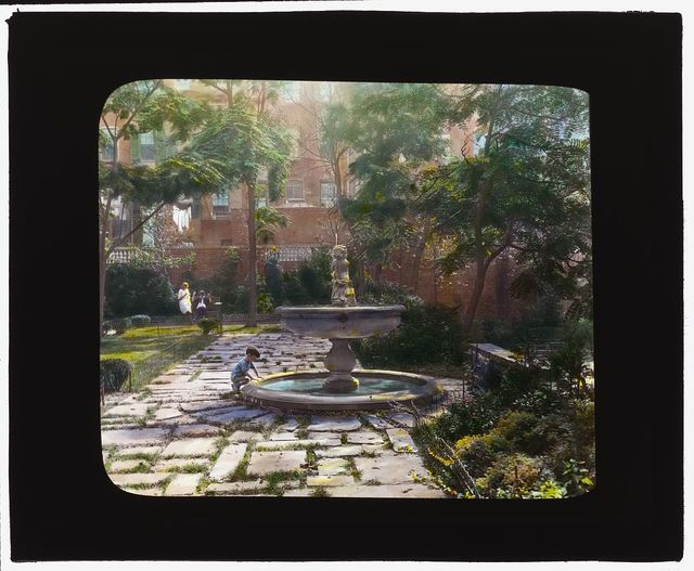 """[""""Jones Wood"""" townhouses, East 65th and East 66th Streets between Lexington and Third Avenues, New York, New York. North terrace fountain]"""