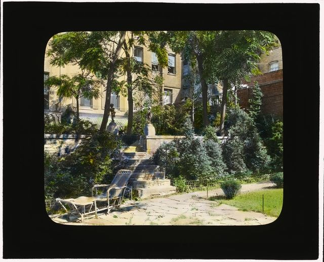 """[""""Jones Wood"""" townhouses, East 65th and East 66th Streets between Lexington and Third avenues, New York, New York. View to north terrace]"""