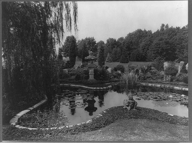 [Katonah, Westchester County, New York, 1921. Lily pond and statuary in the formal gardens at Katonah, the home of Mrs. Charles Mayer]