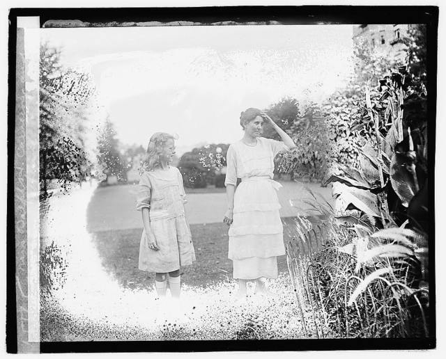 Mrs. Ralph H. Cameron and daughter Katherine