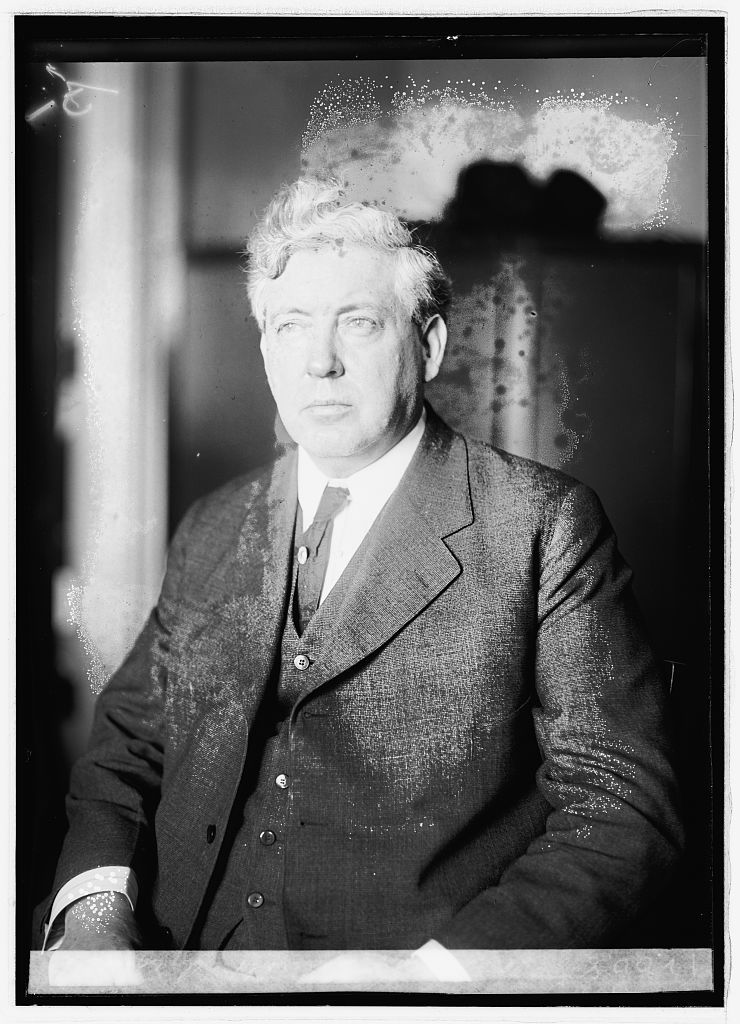 Nicholas J. Sinnott, Oregon