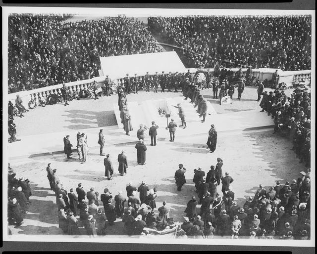 [Overhead view of ceremonies at the burial of the unknown soldier in Arlington National Cemetery]