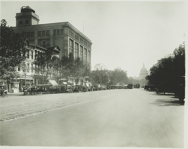 [Pennsylvania Avenue, Washington, D.C., looking toward the U.S. Capitol]