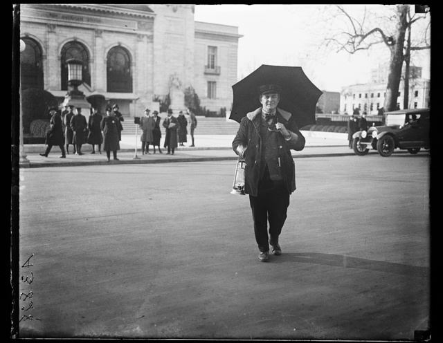 [Police Officer? in front of Pan American Union, Washington, D.C.]