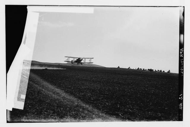 Sir Herbert Samuel's second visit to Transjordan, etc. Col. Lawrence flying to el-Azrak.