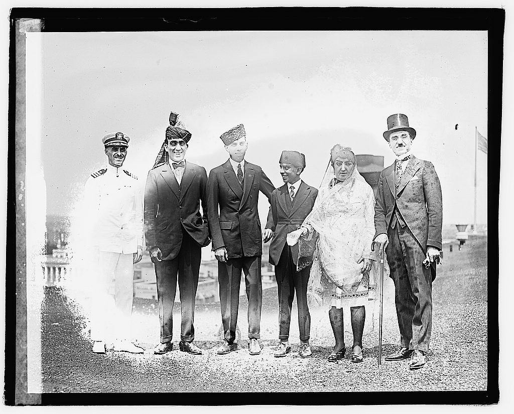 [Stanley Clifford Weyman (noted imposter), the three sons of Princess Fatima Sultana of Afghanistan, Princess Fatima, and Prince Zerdechene of Millan in Washington, D.C., during a visit to see President Harding]