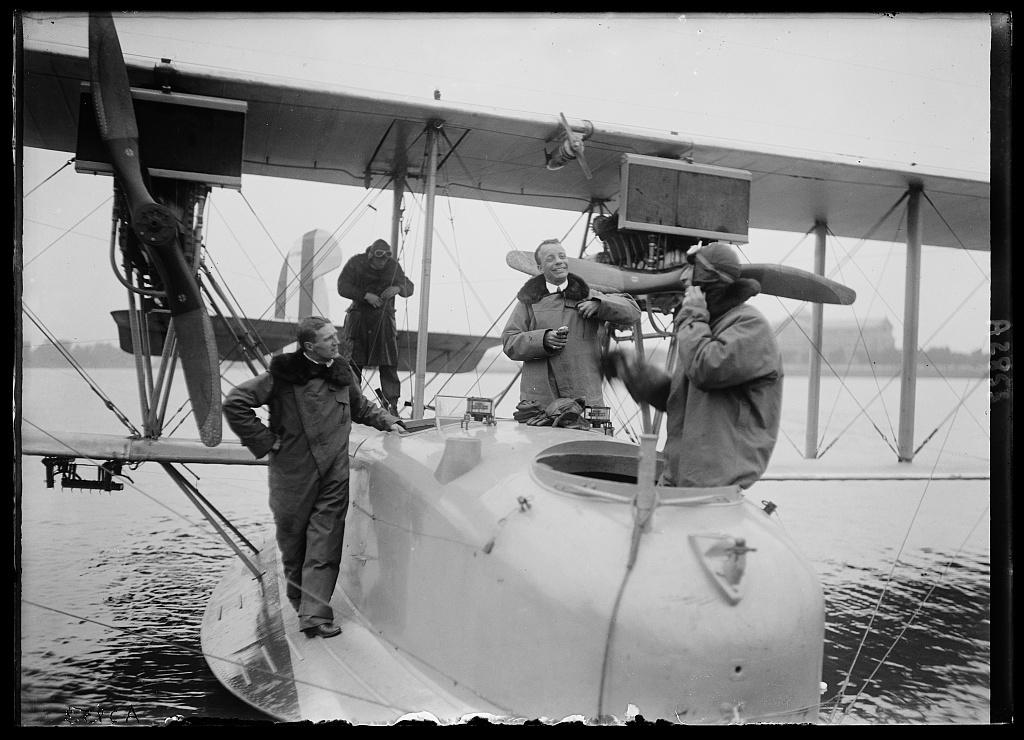 [Theodore Roosevelt, Jr., on amphibian aircraft]