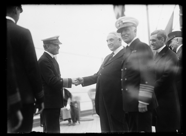 [Warren Harding and Naval officers; Henry Wilson, right]