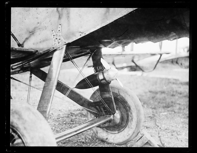 [Wheels and underside of aircraft]