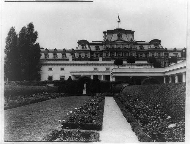 [White House, 1600 Pennsylvania Avenue, Washington, D.C. Southwest rose garden]